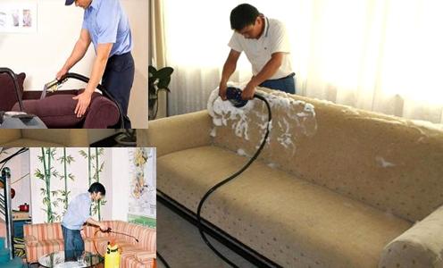 Sử dụng hóa chất chuyên dụng để giặt sạch bề mặt ghế sofa