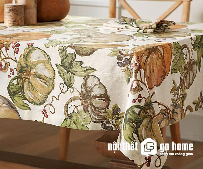 khăn trải bàn mùa hè