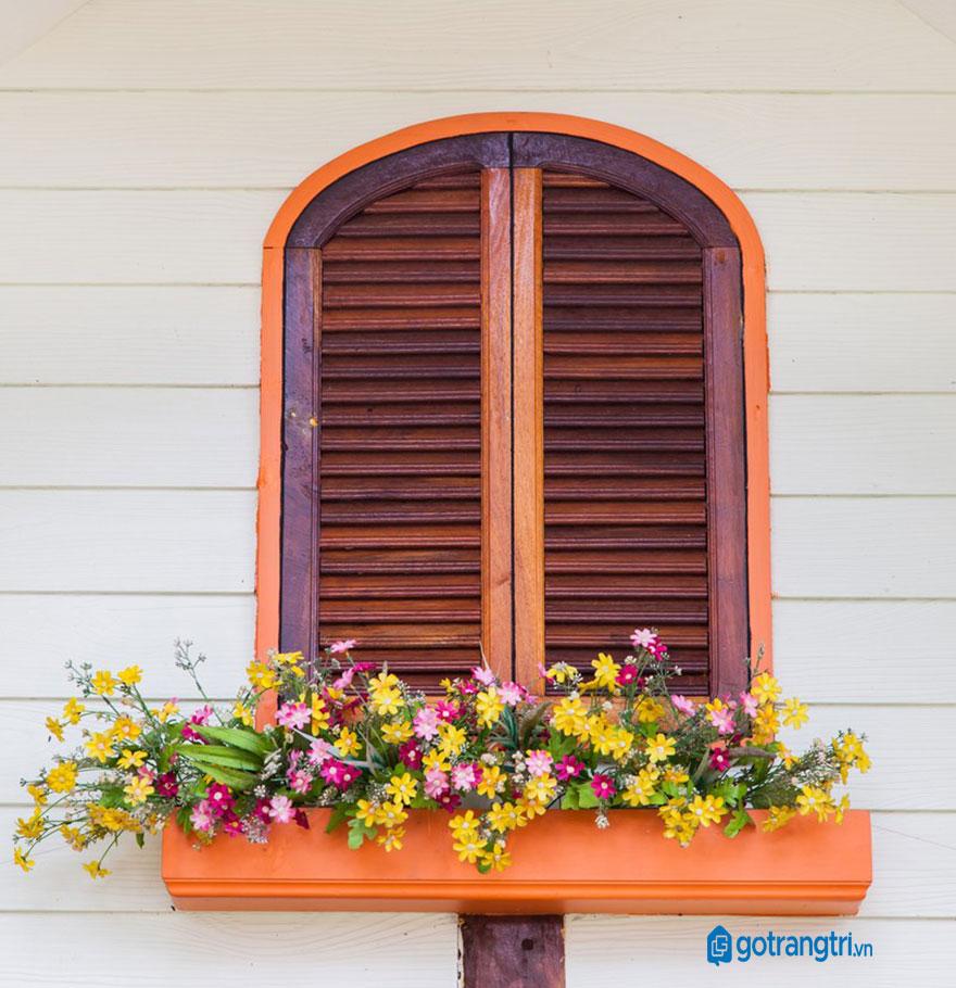 mẫu cửa sổ gỗ 2 cánh 5