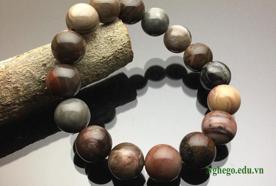 vòng tay gỗ hoá thạch