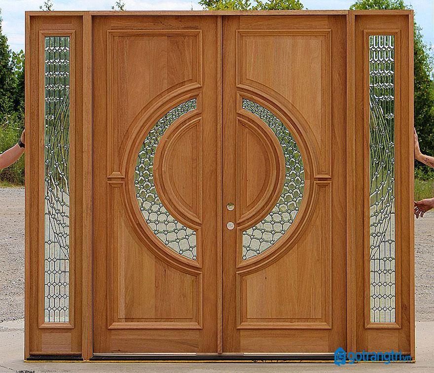 mẫu cửa gỗ 4 cánh 18