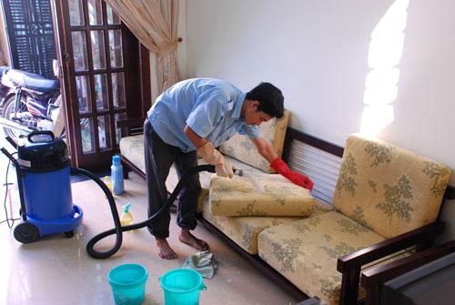 Dịch vụ giặt ghế sofa tại nhà mang đến những ưu điểm tuyệt vời